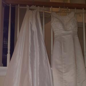 Alfred Angelo White Wedding Dress  Size 4